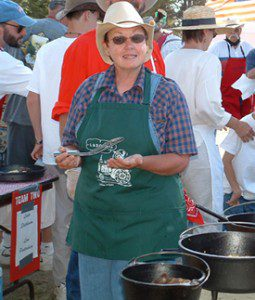Linda Stephenson at a Dutch oven cookoff.