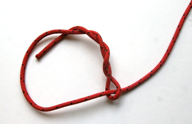 Learn this simple timber hitch knot for emergency shelter building the timber hitch is a friction knot easy to tie and very easy to release ccuart Image collections