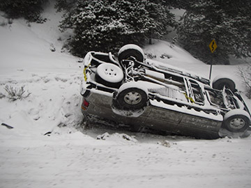 Stay with your vehicle after an accident (Peter Kummerfeldt photo)