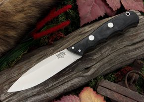 The Bark River Canadian is a multi-purpose belt knife.