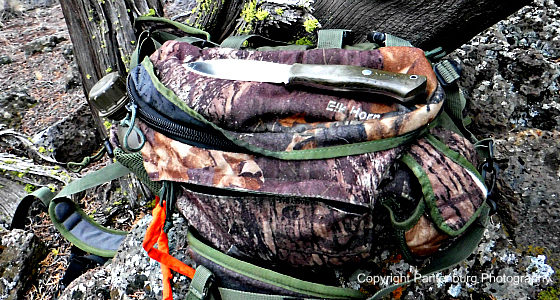 what to put in hunting daypack, best hunting daypack, make survival kit