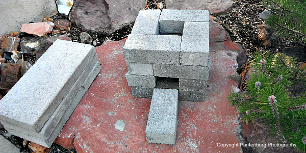 use concrete bricks to make rocket stove, concrete bricks, make brick rocket stove