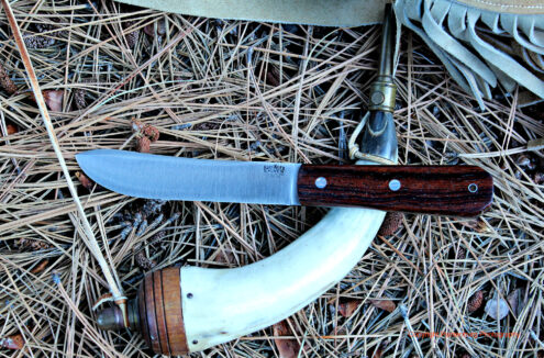 The Bark River Mountain Man re-creates a classic knife design from the fur trade era.