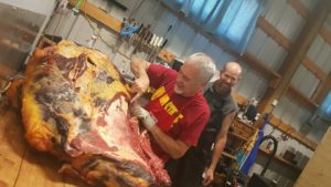 breaking beef, butchering, hunting knives, best hunting knife