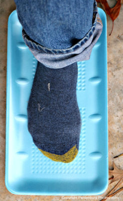 improvise waterproof shoe, keep feet warm, keep feet dry