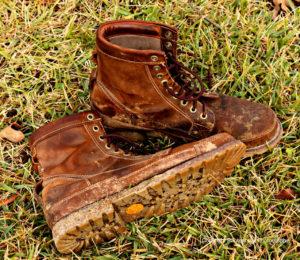 warm socks, keep feet warm, leather boots, best winter socks
